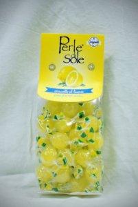Caramelle-al-limone-dure-Lemon-candies-hard-Caramelo-de-limón-duros-euro-35-686x1024